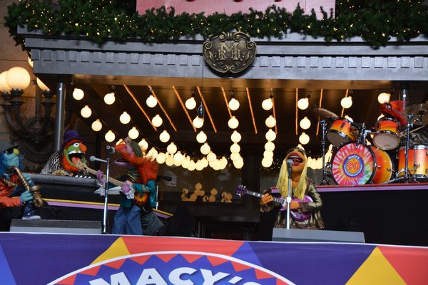 Photo Coverage: Casts of CATS, WAITRESS & More Rehearse for the Macy's Thanksgiving Day Parade!
